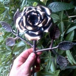 Кованая роза 2