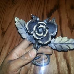 Кованая роза 7